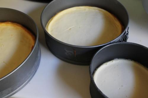How to Make a Wedding Cake: Cheesecake Filling