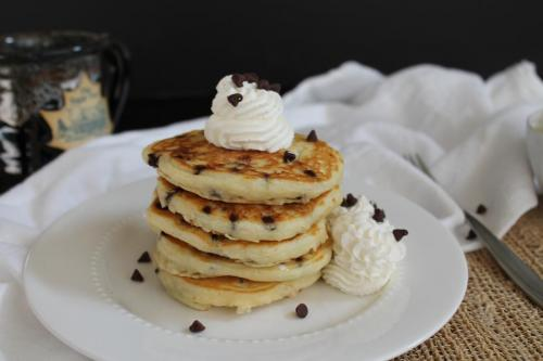Fluffy Chocolate Chip Pancakes