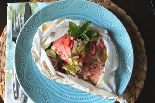 Salmon en Papillote with Zucchini and Tomatoes